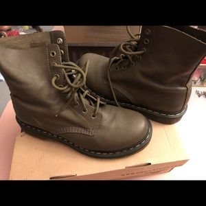 Olive green Dr. Martens. In great condition.